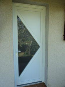 Porte d'entrée DELTA 3 en PVC Blanc