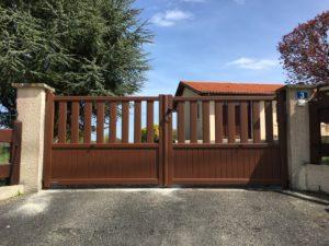 Portail de clôture en Aluminium coloris Marron